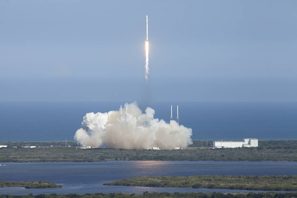 A SpaceX Falcon 9 with Dragon capsule sends supplies to the International Space Station