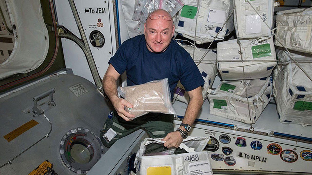 scott kelly tomatosphere