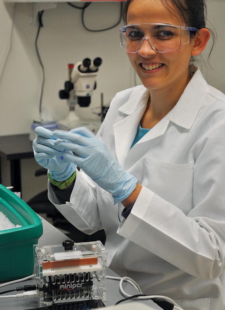 anna sophia lab coat testtube