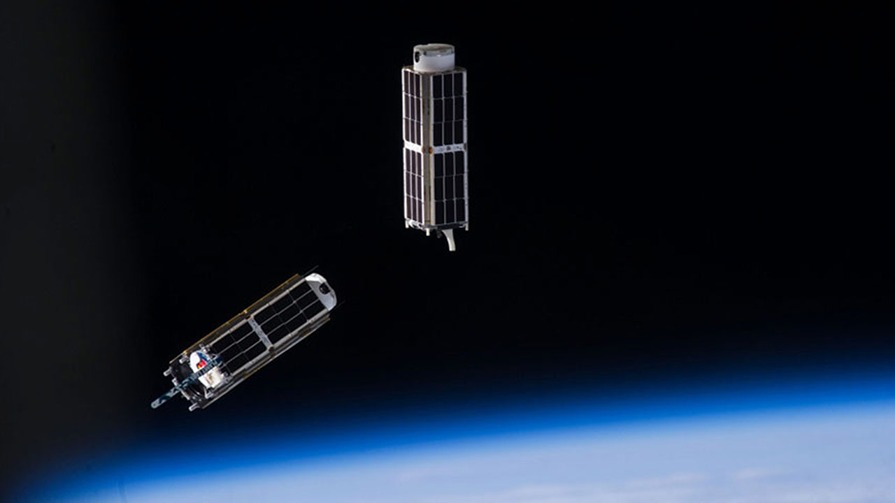 nanoracks cubesats launched upward