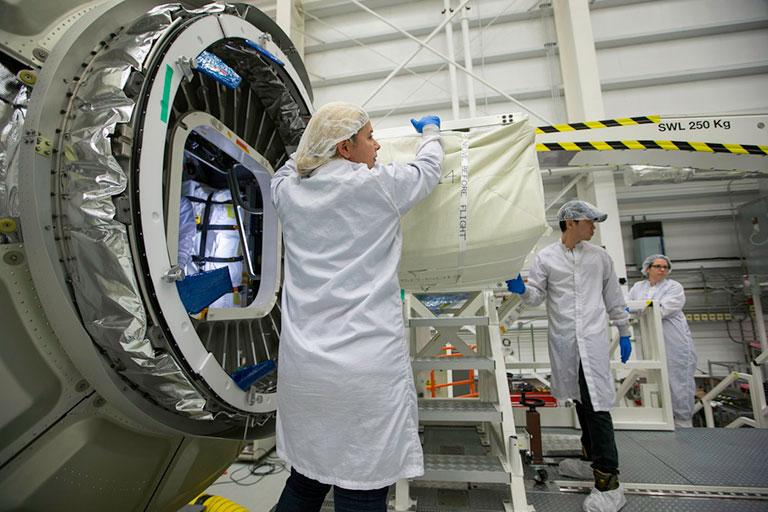 OA 9 Cygnus late cargo loading