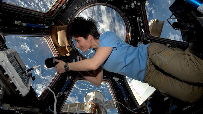ISS 42 Samantha Cristoforetti Cupola