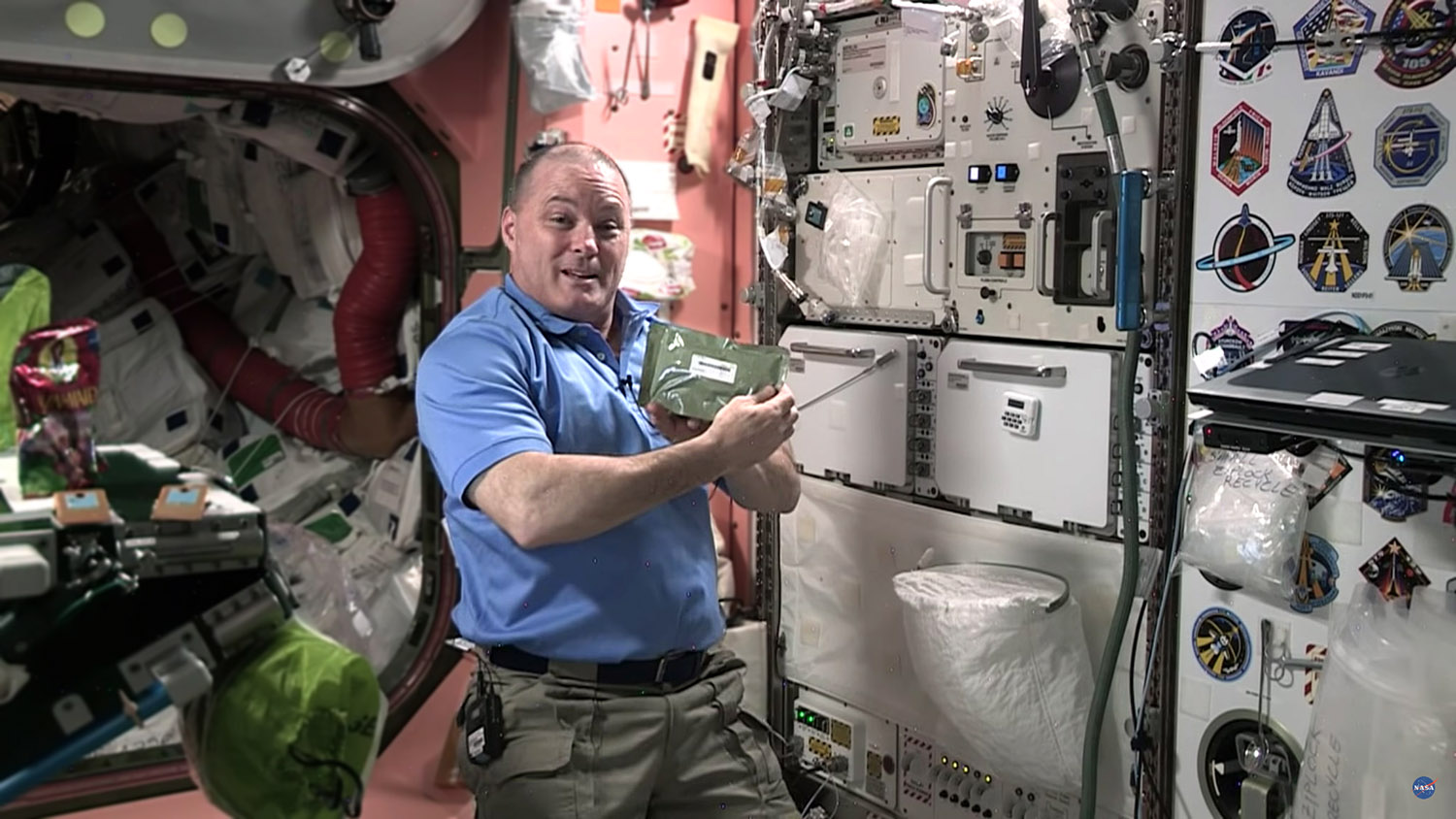 stemonstration5 MRE galley iss