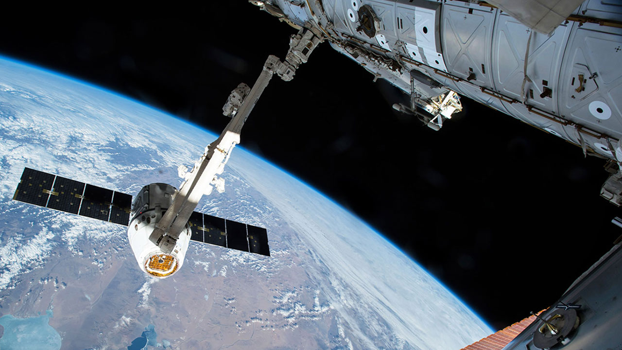 spacex spx12 canadarm2 nasa