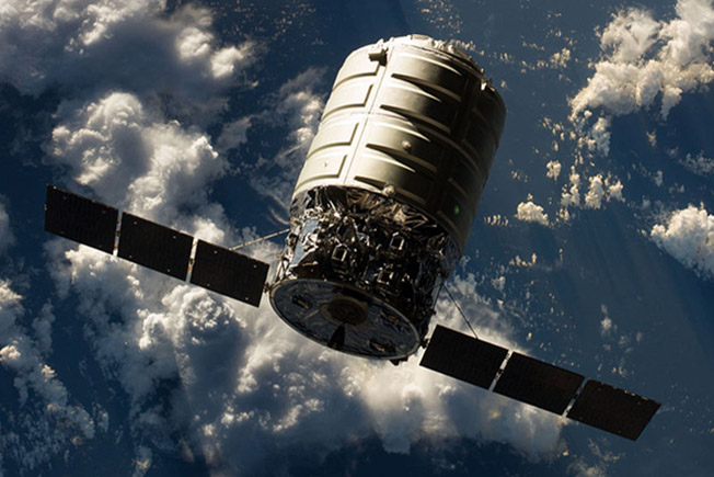 cygnus orbd1 approaching station