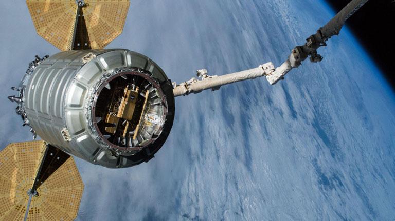 OA10 Cygnus Departure