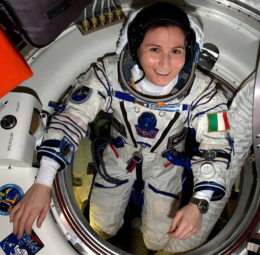Cengage square cristoforetti in spacesuit