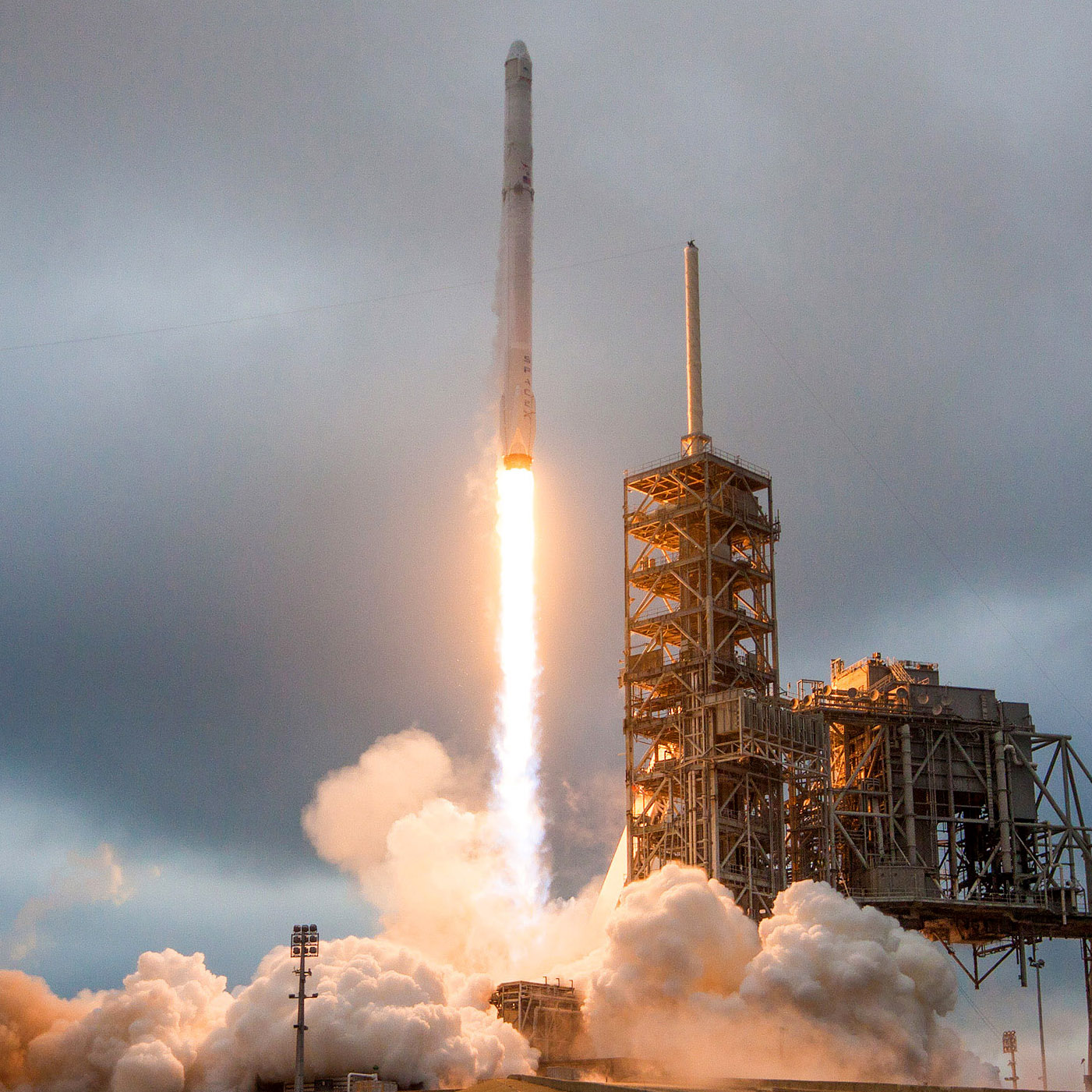 DreamUp CRS10launch square