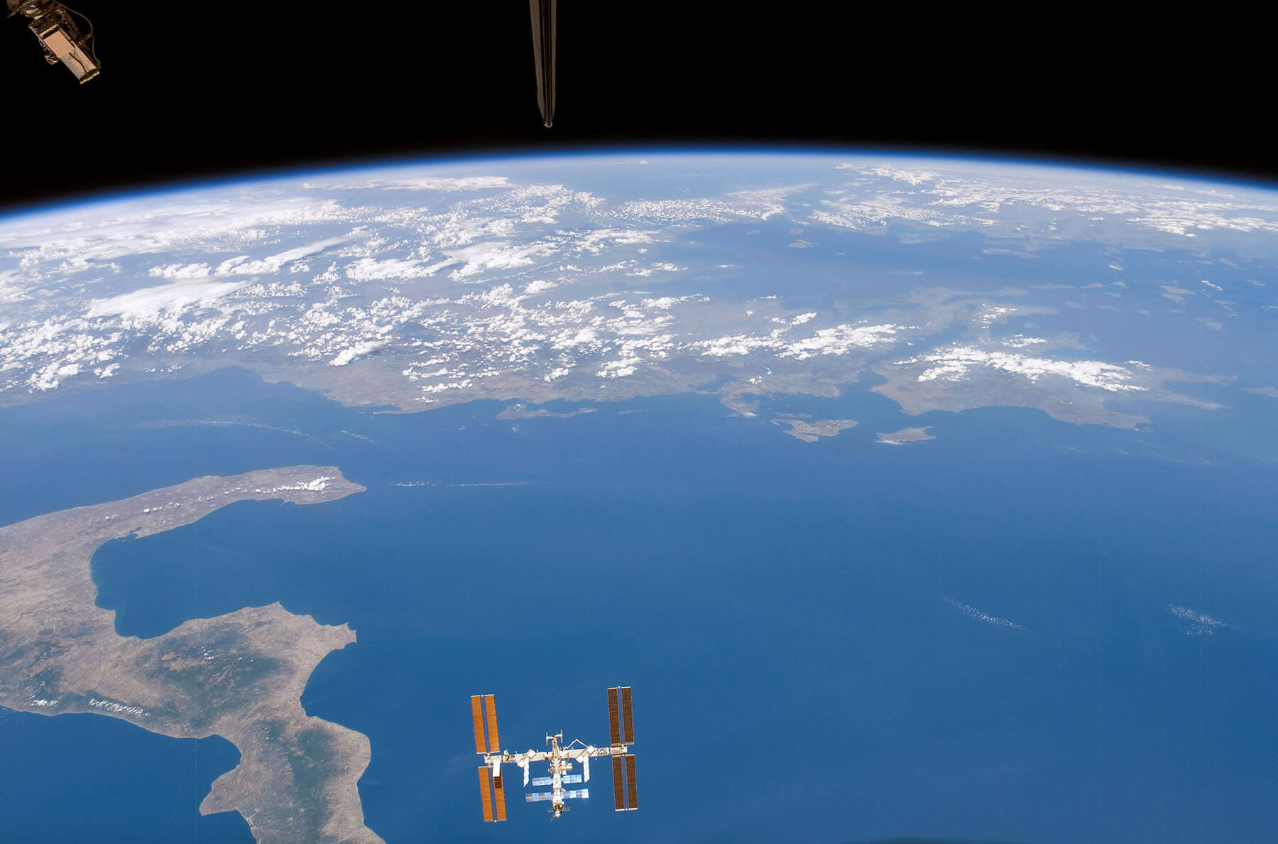 WinEarth ISS over Italy Tiny