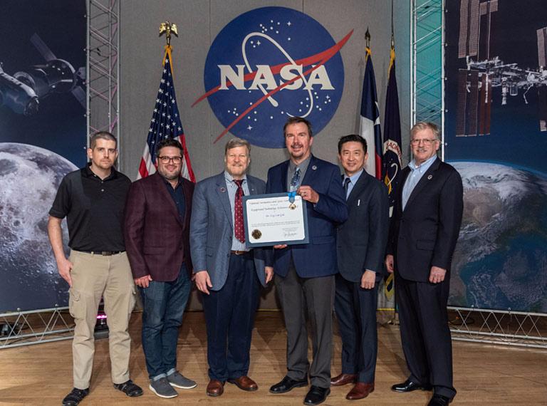 HPE team NASA medal