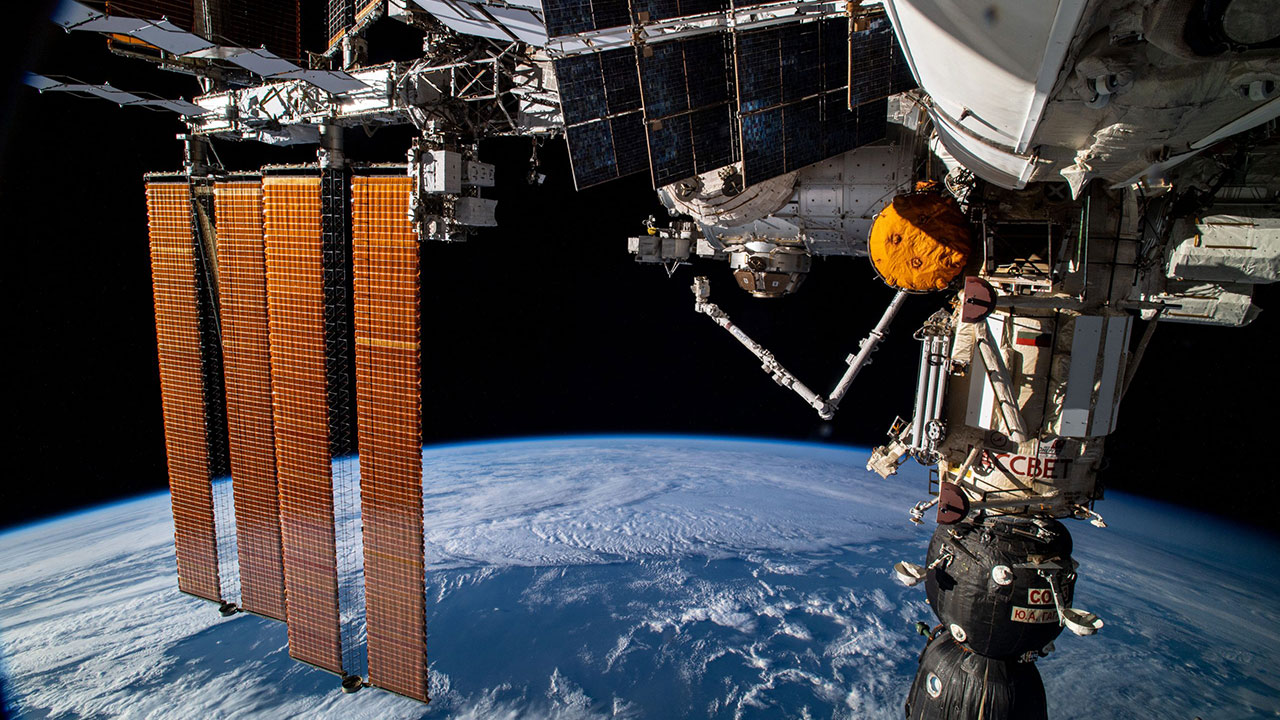 iss russian section canadarm