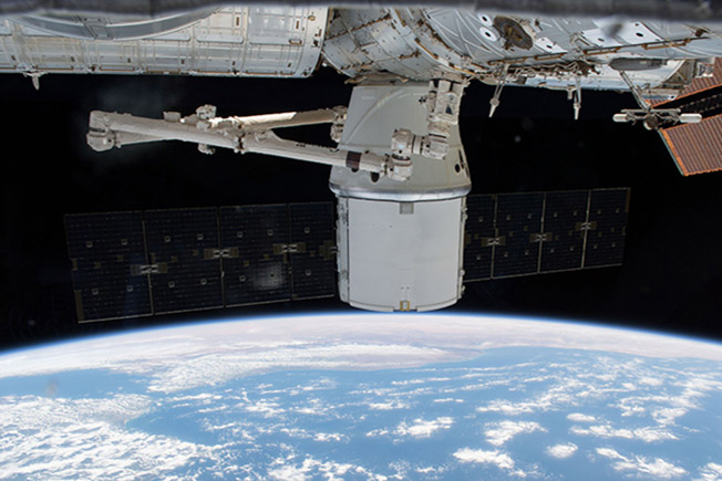 SpaceX14dragon