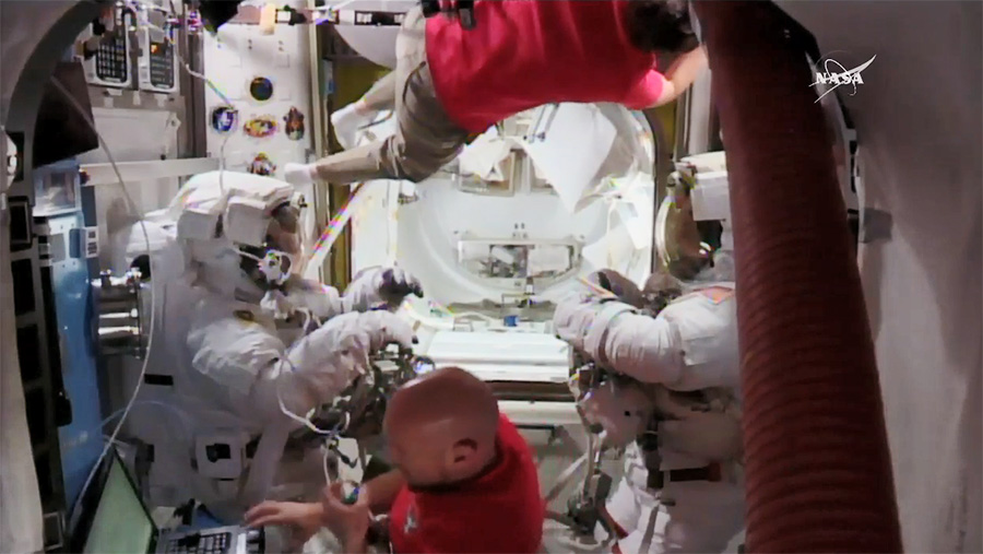 blog spacewalkers suited up