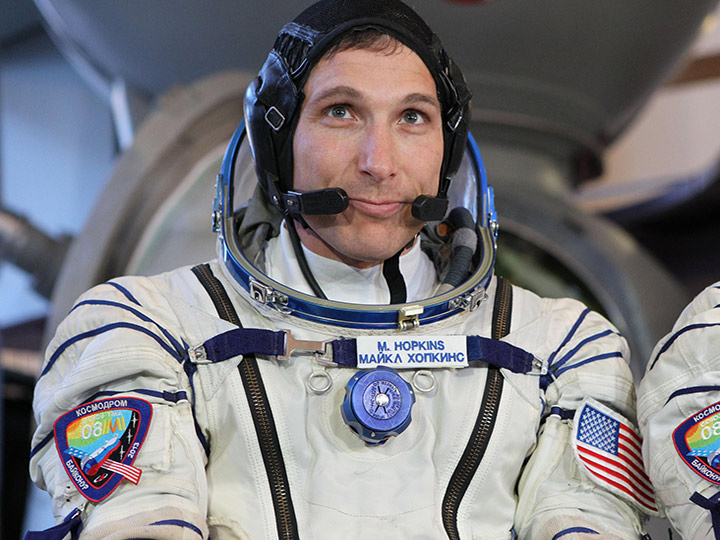 michael hopkins astronaut