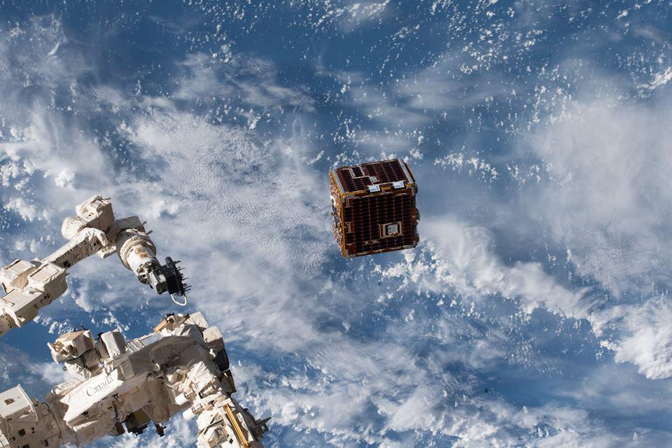remove debris satellite deployed
