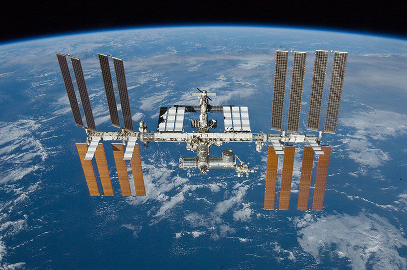 space station over earth 1