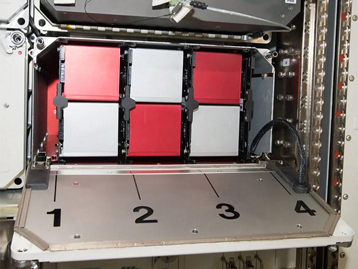 space tango multilab locker1