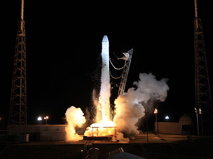 spacex crs1 2012