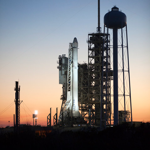 spacex crs10 launchpad