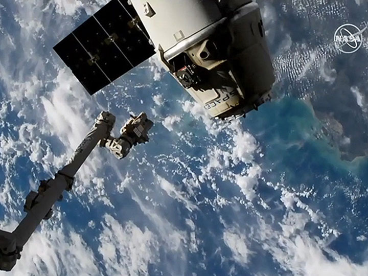 spacex dragon release2